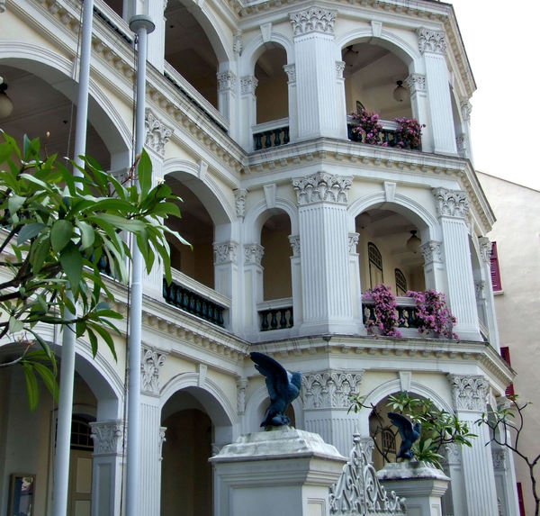decorative colonial architect4: decorative colonial architecture in Singapore