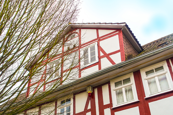 dynamic half-timbered house: dynamic half-timbered house