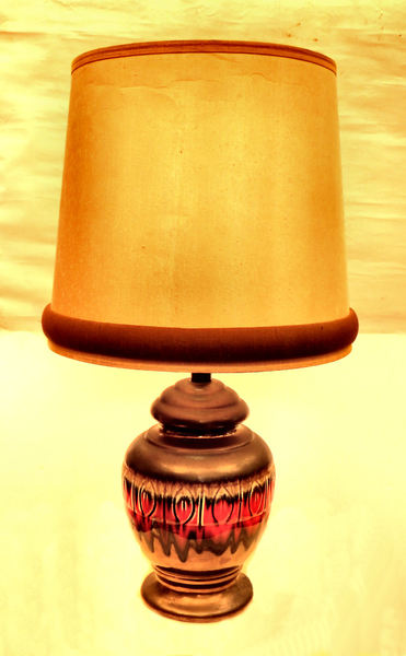 pottery urn lamp1: shining ceramic electric table lamp