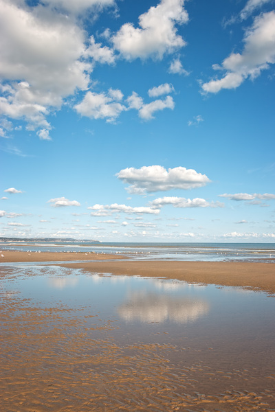 Beach at low tide: A soft sand beach at low tide in Sussex, England.
