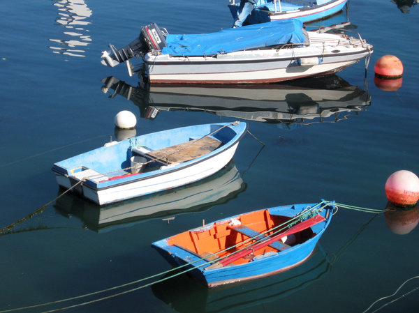 Boats 2: Traditional boats in the fishing port.