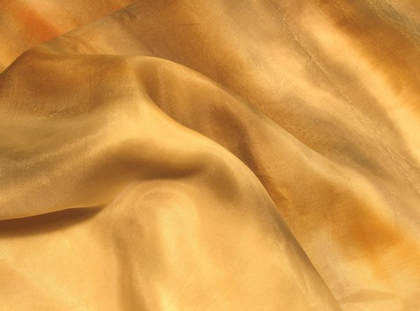 golden silk: none