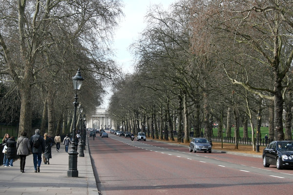 London Street: Constitution Hill, looking towards Hyde Park Corner, London, England, in winter.