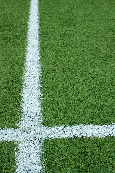 Pitch White Line: Green artificial football pitch white line marking