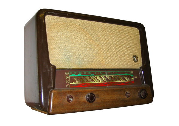 old radio: radio Tesla