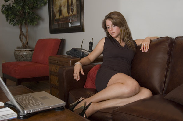 Leather couch 6: Amy on a leather couch