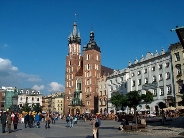 St. Mary's Church, Krakow 2: Gothic St. Mary's Basilica in Krakow (Poland), view form main market square