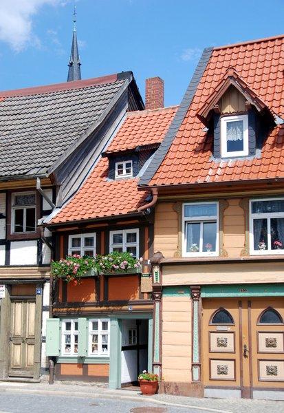 Kleinste huis van de wereld gratis stock foto 39 s rgbstock gratis afbeeldingen hisks - Kroonluchter pampille huis van de wereld ...