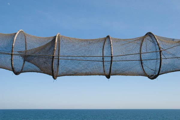 Fishing net: Tube-shaped fishing net