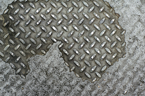 SF Diamond Plate: Diamond plate metal on a San Francisco sidewalk.