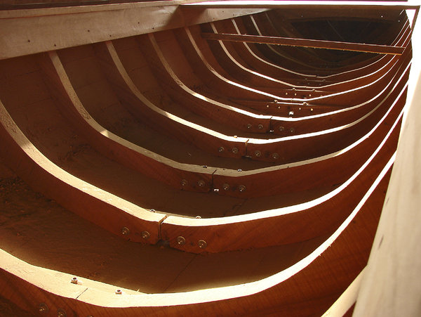 Costillaje: Structural detail of a Chalana, a local workboat, usually used for fishing on the Maracaibo lake. Typical measurements: L.O.A: 9 mts. Beam: 1.44 mts.  Outboard engine