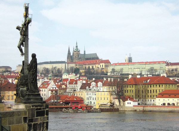 Prague citadel: Prague citadel and St Vitus cathedral from the Charles bridge