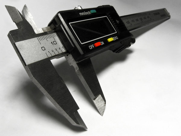digital calipers: No description