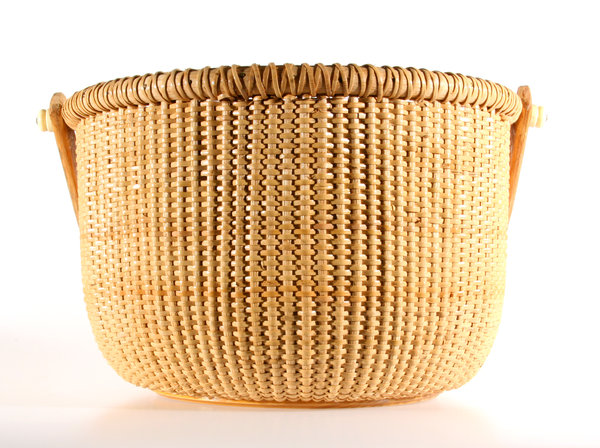 Round Basket: A tightly woven basket using narrow material.