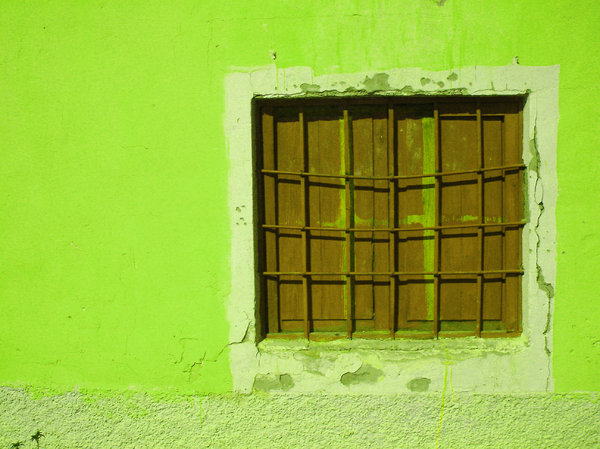 Lime window: Window of a house in Buenavista