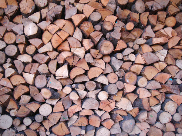 Timber: Ready to use for the heating in winter
