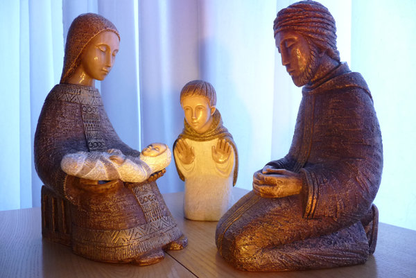 Christmas crib: Traditional Christmas crib figures