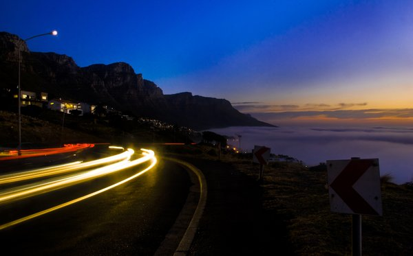 A drive on Camps Bay: No description