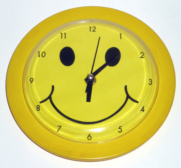 Smile 'o clock 1: Nice colors...