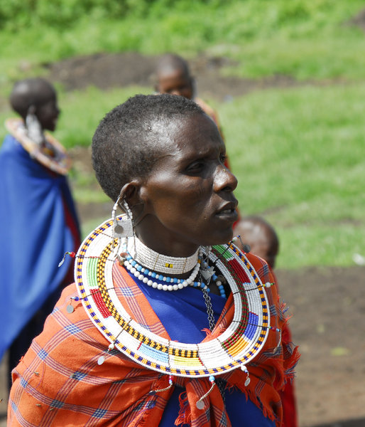 Masai woman: Portrait of Masai woman in Tanzania, Afrika, close to Ngorongoro crater