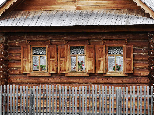 Windows: Windows of a wooden, skandinavian style house