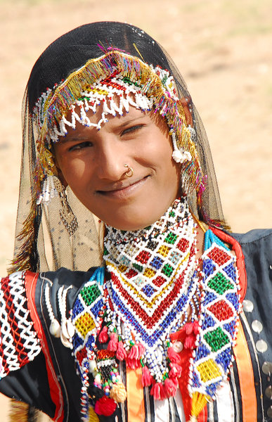 Gipsy beauty: Young gipsy lady in Tar Desert, Rajastan, India
