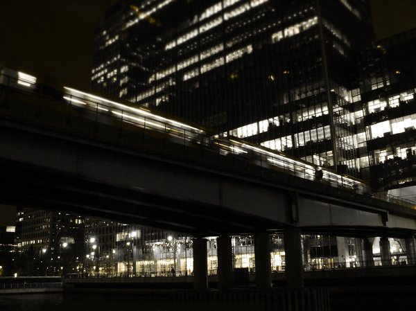 Night train: Canary Wharf