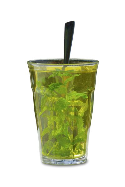 Mint tea 1: Mint tea fresh from the garden