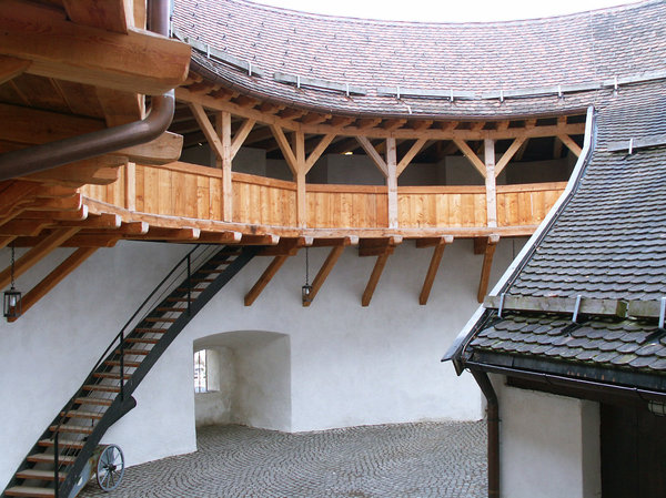 Kufstein Castle: Photos from Austria. Inner court of the Castle in Kufstein.