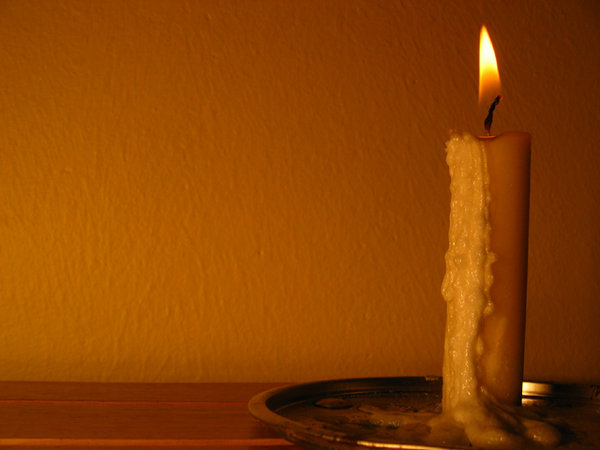 Candle: Please contact me if you need the photo in a larger size.