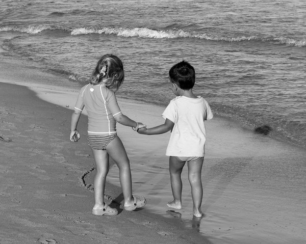 hand in hand: summer in sardinia