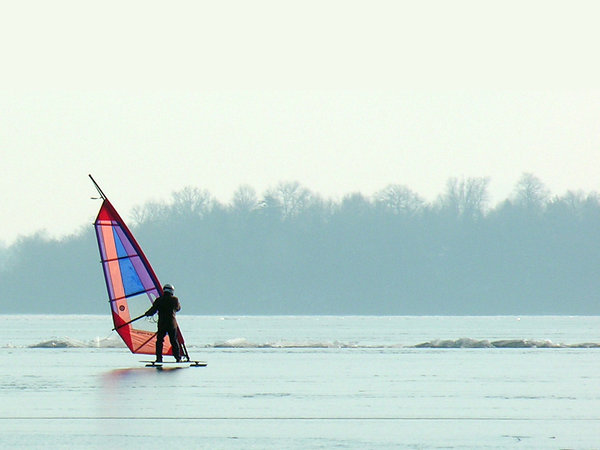 Freeskate: The freeskate is similar to a skateboard, with ice blades in place of the wheels, propelled with a windsurfing sail and steered with your feet.