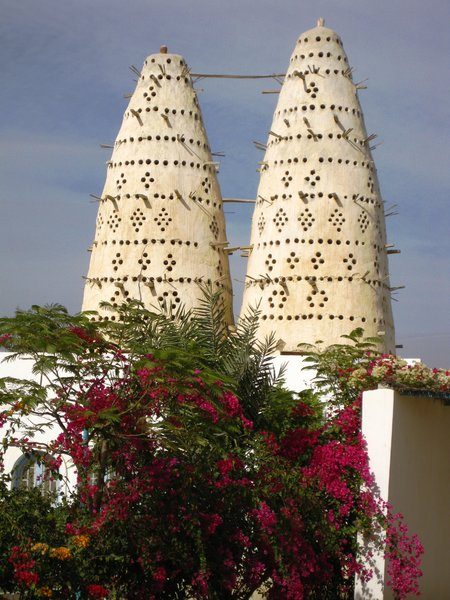 dove tower 4: dove towers in rural Egypt