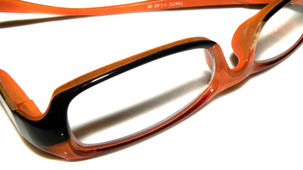 Orange/black reading glasses: no description