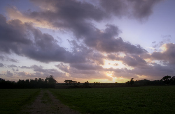 Garstang Sunset: Sunset over a Garstang field.