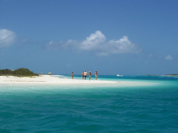 CARIBBEAN POSTCARD: White sand and blue sea
