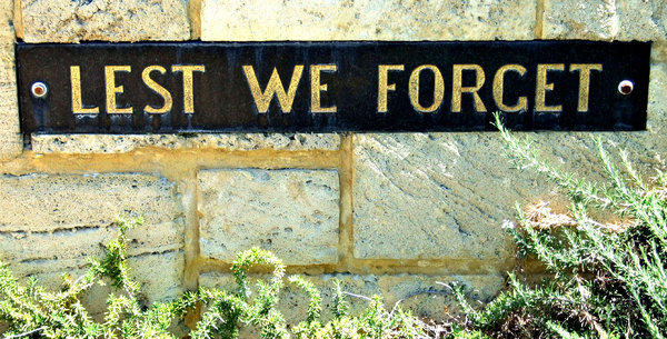 memorial reminder: wall memorial reminder - ANZAC war memorials - slogan - lest we forget