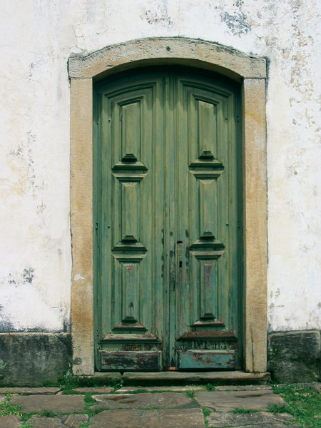 Barroco door: A church's barroco door located in Ouro Preto city, Brazil.
