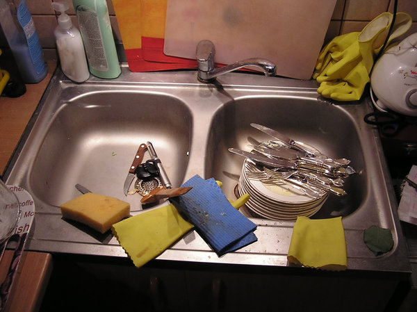 Kitchen mess: A mess in the sink