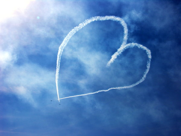 in the air ... 1: planes which writting message....