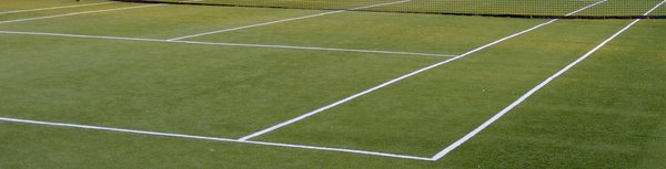 evening tennis court: serving line of the tennis court