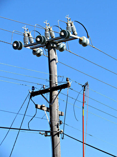 Electrical Power Poles : Electric wire from pole to house images pics for gt
