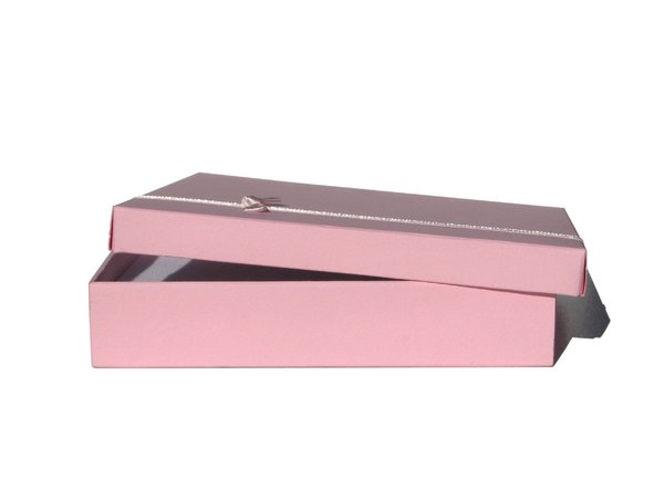 pink box: none