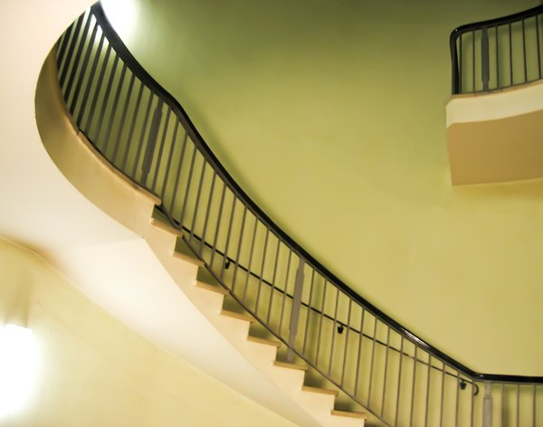 dynamic staircase: dynamic staircase