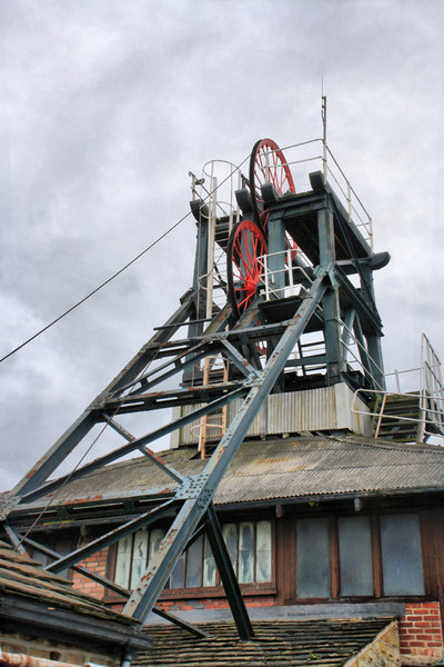 Coalmine. Yorkshire Pithead: no description