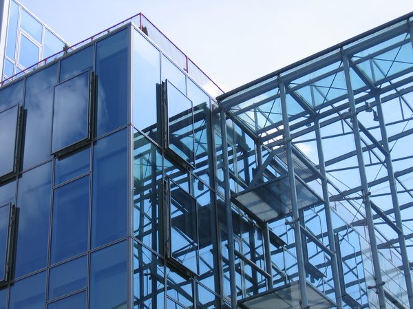 dynamic glass architecture: dynamic glass architecture