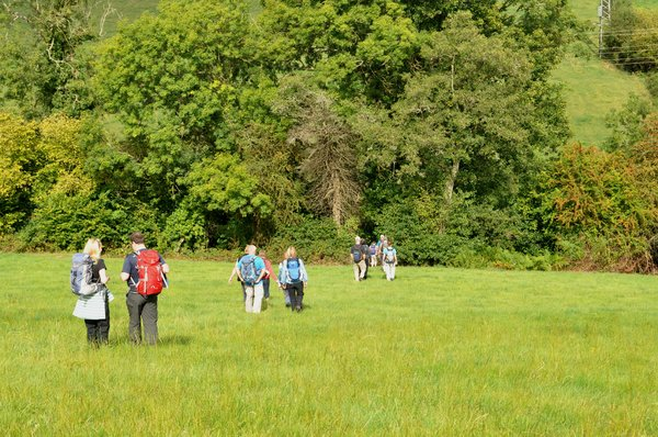 Walkers: Walking round the Cotswolds