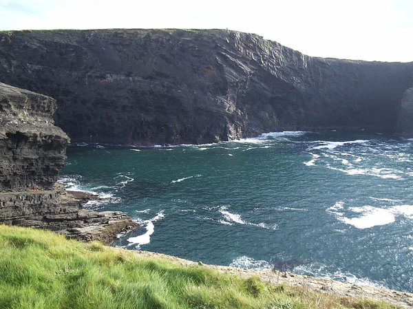 Ireland westcoast: Cliffs on the west coast of Ireland.