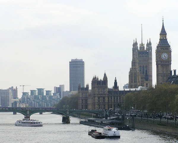 Thames and Big Ben: London view.
