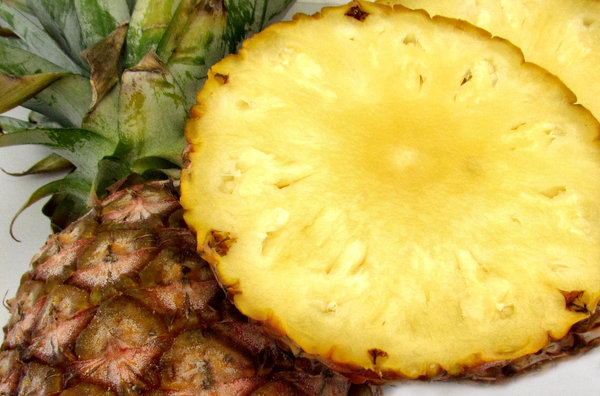 fresh pineapple3: fresh raw edible pineaplle fruit